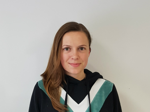 Inštruktorica Tjaša K. za predmet matematika, statistika